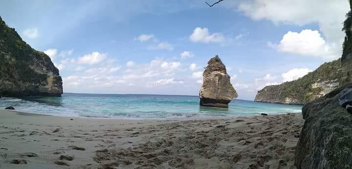 View menarik di pantai suwehan