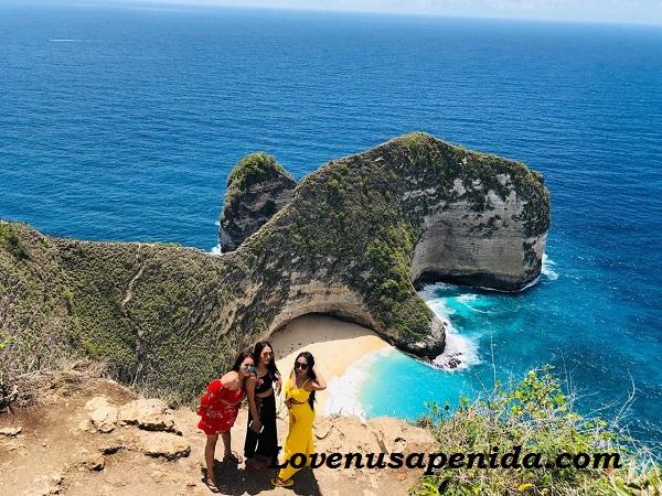 Paket Nusa Penida Murah Dengan Guide Berpengalaman